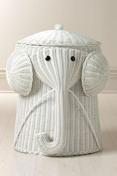 Elephant hamper-gah! this is so cute (reminds me of Becky)