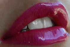 Kiss For A Cause #LipSense with Glossy Gloss