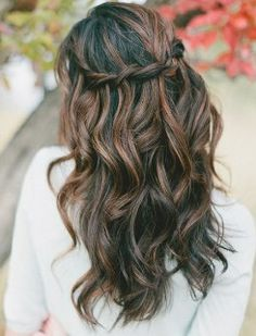 Long Hairstyles with Flowers | Curly Prom Hairstyles - I WANT THIS HAIRSTYLE
