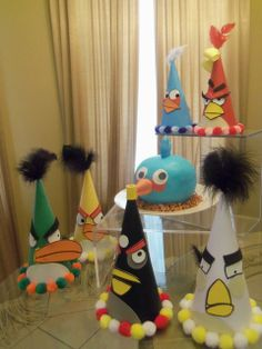 Gorros para una fiesta Angry Birds / Angry Birds party hats