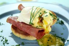 Healthy Eggs Benedict   Who knew this dish could be served up in a lighter way and still taste insane?!   For MORE RECIPES like this please SIGN UP for our FREE NEWSLETTER www.NutritionTwins.com  @eglin duong's Best