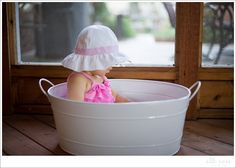 9 Month Picture Ideas | Babykini Ruber Ducky Session | elle rose photo