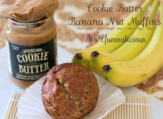 Cookie Butter Banana Nut Muffins from @It's Yummilicious #recipe #cookiebutter #TraderJoes