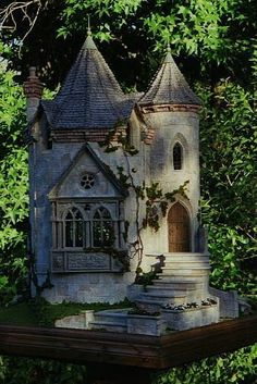 "This would make an awesome birdhouse <3 Another Pinner said, ""It is a fairy castle made by the famous Rik Pierce!"""