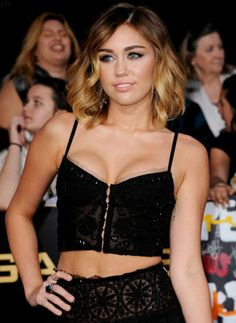 loving her hair short hair, miley cyrus, peopl, hannah montana, crop tops, ombre hair, outfit, mileycyrus, role models
