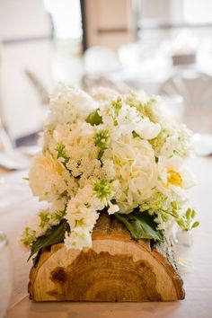 i like this look for centerpieces.
