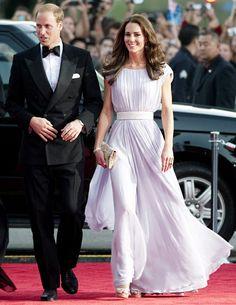 Kate Middleton always looks good! Love this lavender dress