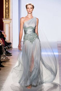 (Zuhair Murad Spring 2013 Couture)