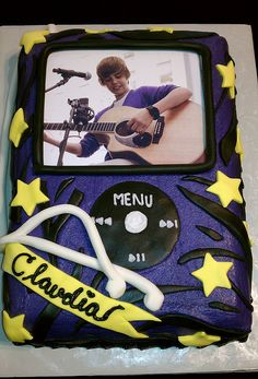 Oh, this Bieber iPod has so much going on.