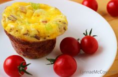 Easy Scrambled Egg Muffins - make this at the beginning of the week and freeze! Great for going back to school. Recipe from Walmart Mom Lynnae.