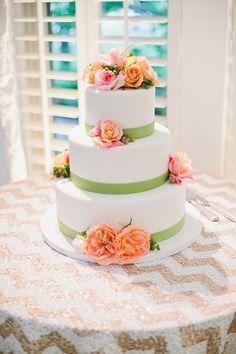 #WeddingCake with fresh roses | @onelovephoto | Brides.com