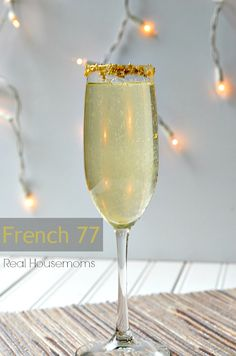 French 77 | Real Housemoms | This champagne drink is perfect for ringing in the New Year!