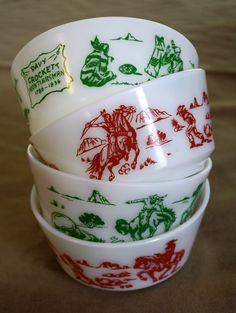 Davy Crockett Frontiersman Bowls by Hazel Atlas