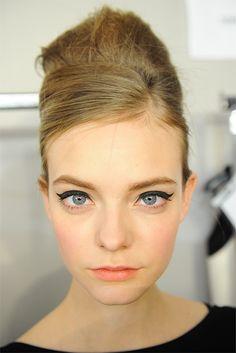 Winged eye liner #eyeliner