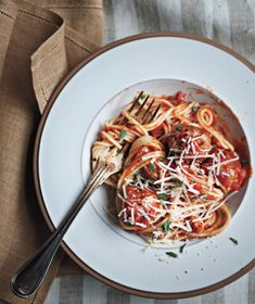 Spaghetti With Turkey Meatballs. Real Simple. Photo Ditte Isager.
