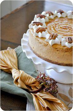Spiced Pumpkin Cheesecake | #thanksgiving #autumn #holiday #food #desserts #baking