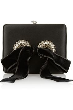 { Dallas Shaw picks: mcqueen clutch for holiday }