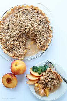 Peach Pie with Almond Crumble | LoveGrowsWild.com | #peach #pie #summer #recipe