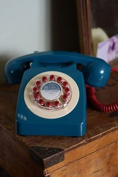 iota bristol : Retro Phone if i ever get a land line again i will have this kind of phone