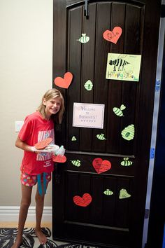 Cute idea for new Beehive - Decorate her room or front door when she is not home. Fun surprise.