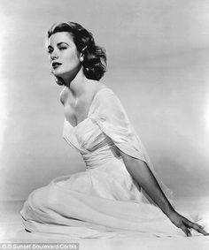 Grace Kelly (November 12, 1929 - September 14, 1982), retired from acting in 1956 #actor