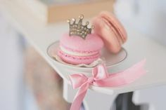 have a macaroon