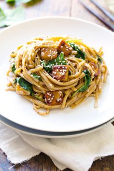 Black Pepper Stir Fried Noodles - via @growingjewelry