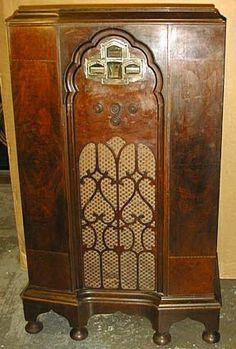 Zenith 1933 770B Console Radio