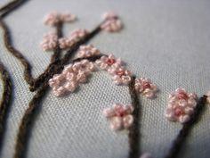 french knot cherry blossoms - flor de durazno