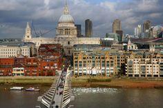AD100 architect Lee F. Mindel tours London's legendary crossings: Millennium Bridge