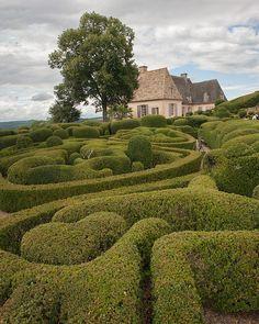 Les jardins suspendus de Marqueyssac, Dordogne, France (by Steven House)