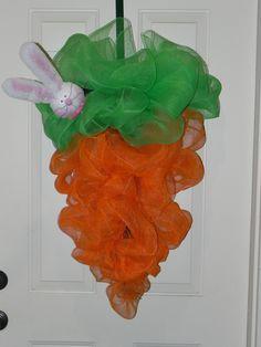Mesh carrots wreath