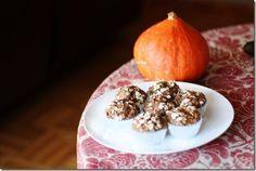 banana,oat and chia seed muffins