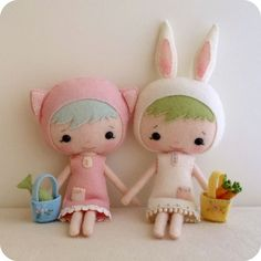 Felt dolls...........so cute!