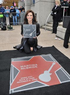 Martina McBride accepting her star at Nashville's Music City Walk of Fame Ceremony in 2008