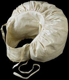 1830 sleeve puff.