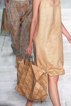 Maria Bonita: clever wooden bag