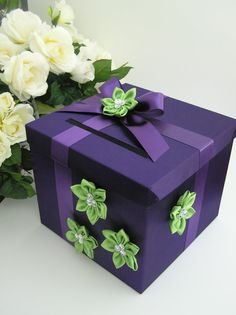 wedding cards, gift boxes, wedding colors, gift cards, lime
