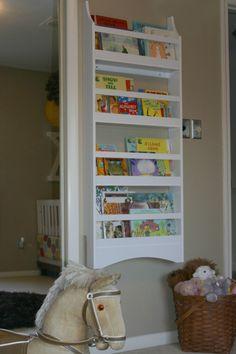 Bookshelf found on Ohdeedoh