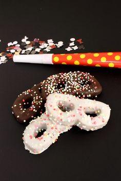 maschere dolci di carnevale al cioccolato