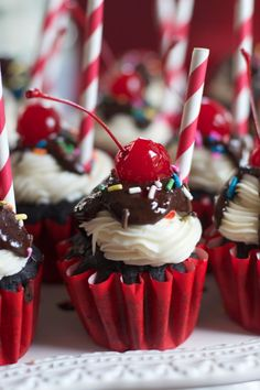 Chocolate Sundae Cupcakes!