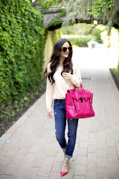 Look bolso rosa. Pink bag outfit.