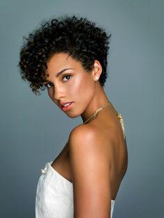 Alicia Key's natural curls