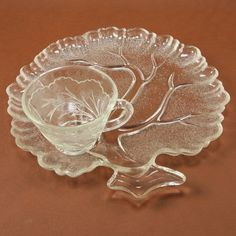 Peeble Leaf Twiggy Glass 2 Snack Plates Cups Sets Indiana Vtg.