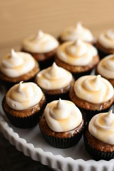 Apple Spice Mini Cupcakes with Spiced Cream Cheese Frosting