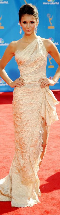 Nina Dobrev... Love this dress <3