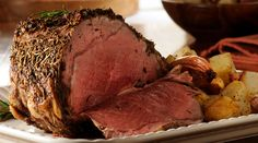 This Standing Rib Roast Recipe will WOW even the pickiest of eaters!! #recipes #meat #healthy #skinnyms
