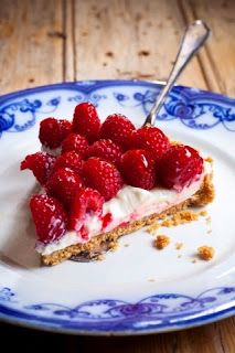 RECIPES YOU MAY LIKE TO TRY: Simple Sancler raspberry cheesecake