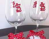 St. Louis cardinals hand-painted wine glasses with bow (set of 2)