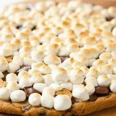 Chocolate Chip S'more Pizza